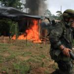 Vorbote eines Krieges Das Massaker offenbart die tickende Zeitbombe des sich langsam wiederaufflammenden Krieges. | Bild (Ausschnitt): © Policía Nacional de los colombianos [CC BY-SA 2.0]  - Flickr