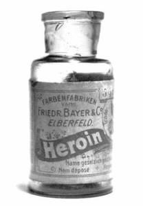 Heroinflasche von der Firma Friedrich Bayer & Co Elberfeld